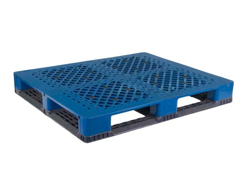 XIN Top of the LogisticX 12-10 multi-purpose regrind plastic pallet.