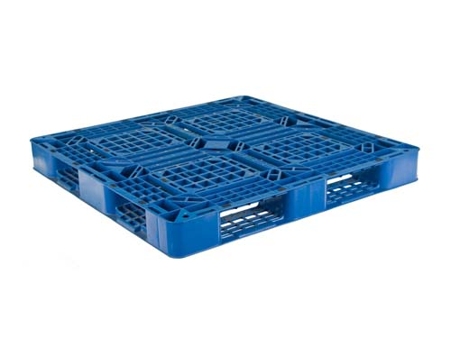 Top of the LogisticX 11-11 lightweight plastic export pallet.