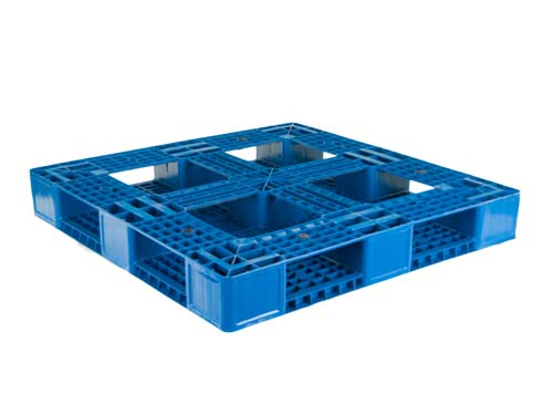 XIN Bottom of the LogisticX 11-11 plastic export pallet.